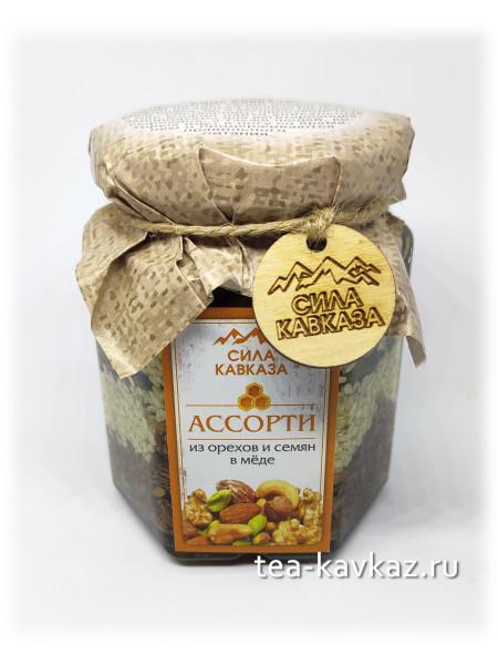 Ассорти из орехов и семян в мёде (240 г)