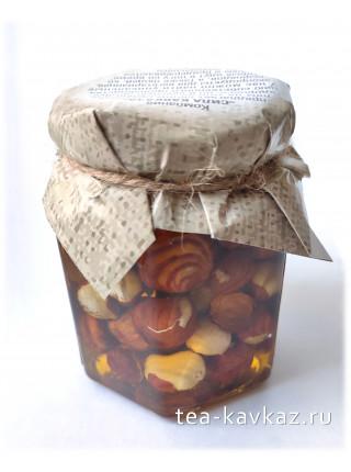 Фундук в мёде (215 г)